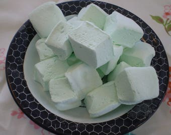 Matcha tea and Honey Marshmallows 18 pieces handcrafted Japanese gourmet green candy