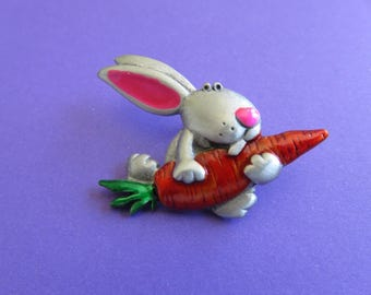 JJ Jonette Easter Bunny Hurries To His Easter Dinner Tack Pin