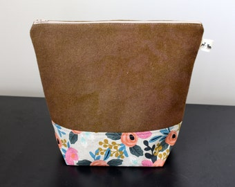 Medium Wool Felt Bag with Pockets - Olive Green + Floral Canvas - one of a kind