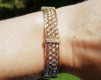 "8.5"" 14kt Gold Filled Woven Wire Wrapped Bracelet, Handmade 14/20 Gold Filled Bangle, Hand Woven Wire Band, Elegant Gold Cuff Bracelet"