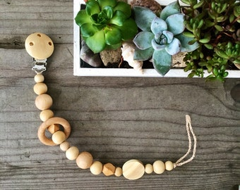 Wooden pacifier clip natural eco friendly speenkoord wood teething toy ring teether Handmade Pacifier Clip wooden dummy chain  pacifier hold
