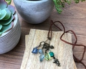 Stitch Marker Necklace - Antique Bronze, Cool weather and nature - Markers for knitting and crochet