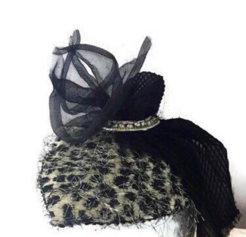 955bb51c94708 Leopard fascinator Animal print black gray headpiece teardrop