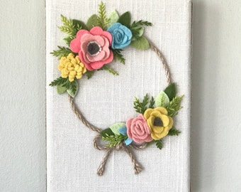 Felt Flower Wreath || Flower Wreath || Nursery decor || felt flowers || hostess gift || bedroom decor || spring wreath || baby shower gift