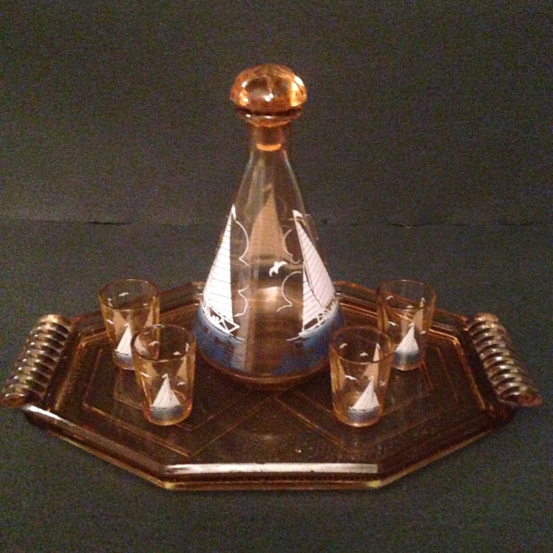 French vintage liqueur set complete in pink Tray with a boat Four Glass art glass deco 50s