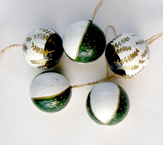 Handpainted Mini Baubles