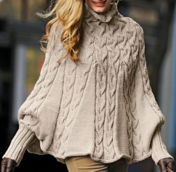 Poncho tejido a mano con las mangas para las mujeres suéter | Etsy