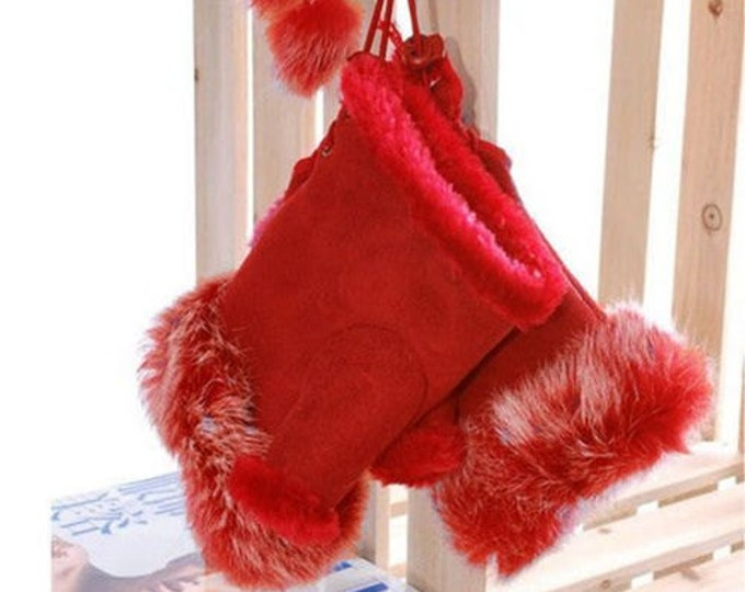 Leather Fingerless Fur Gloves in Red