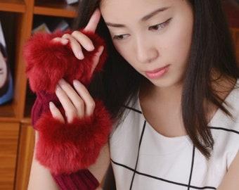 Wine Red Yarn & Fur Fingerless Gloves