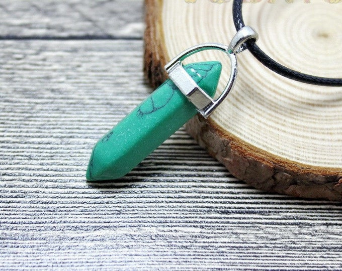 Turquoise Green Cracked Grain Colored Quartz Crystal for Chakra Healing a Gemstone in Silver Pendant Necklace