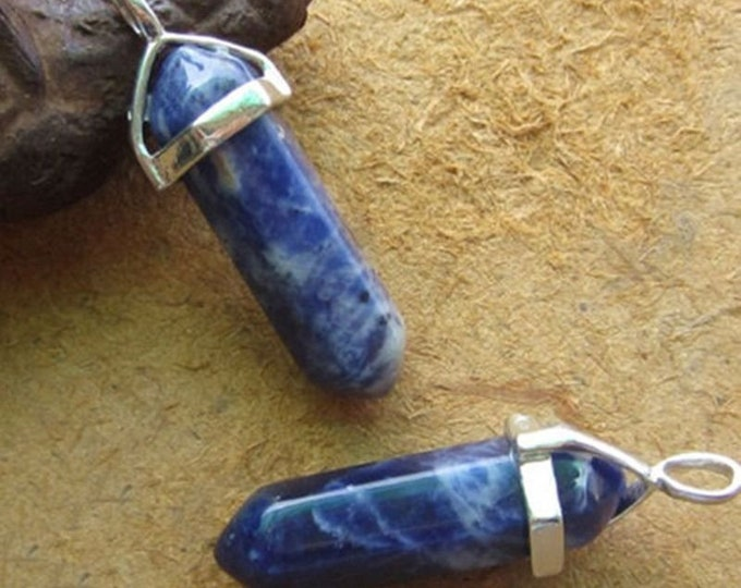 Dark Blue with Golden Flecks Colored Quartz Crystal for Chakra Healing a Gemstone in Silver Pendant Necklace