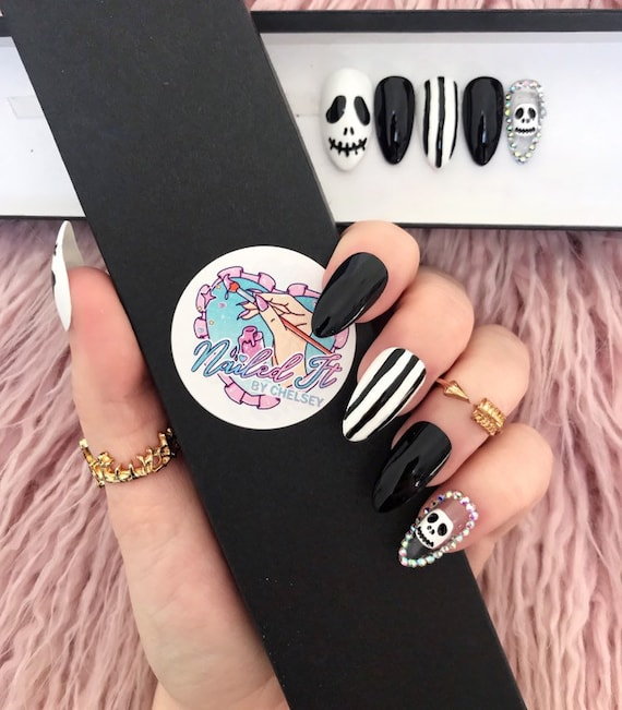 NAILED IT! Hand Painted False Nails , Nightmare Before Christmas , Jack  Skellington