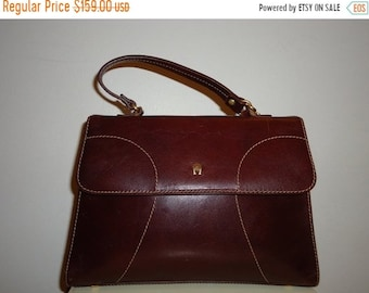 c9c851efd287 50% OFF FREE SHIPPING Beautiful Vintage Burgundy Etienne Aigner Leather  Handbag Shoulder Bag