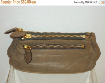 50% OFF Beautiful Vintage Large Taupe Leather Change Purse/Clutch