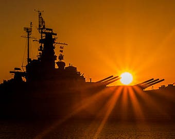 Art Print: USS Alabama, Photography Art Print USA, Historic American Battleship, Mobile AL Silhouette of uss Alabama near sunset, sunburst