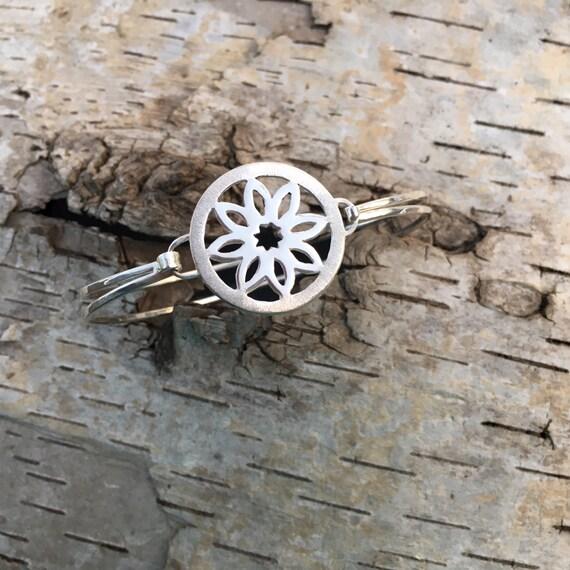 Burlington Star Flower Sunburst Bangle Bracelet in Sterling Silver - Victorian Details Architectural Collection - the Village of Round Lake