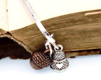 Peter Pan Kiss Bookmark with Acorn & Thimble Charms