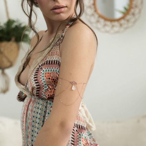 Eliza Armlet \u2022 Bridal Arm Band \u2022 Bridal Arm Bracelet \u2022 Upper Arm Bracelet \u2022 Boho Upper Arm Chain \u2022 TUL 056