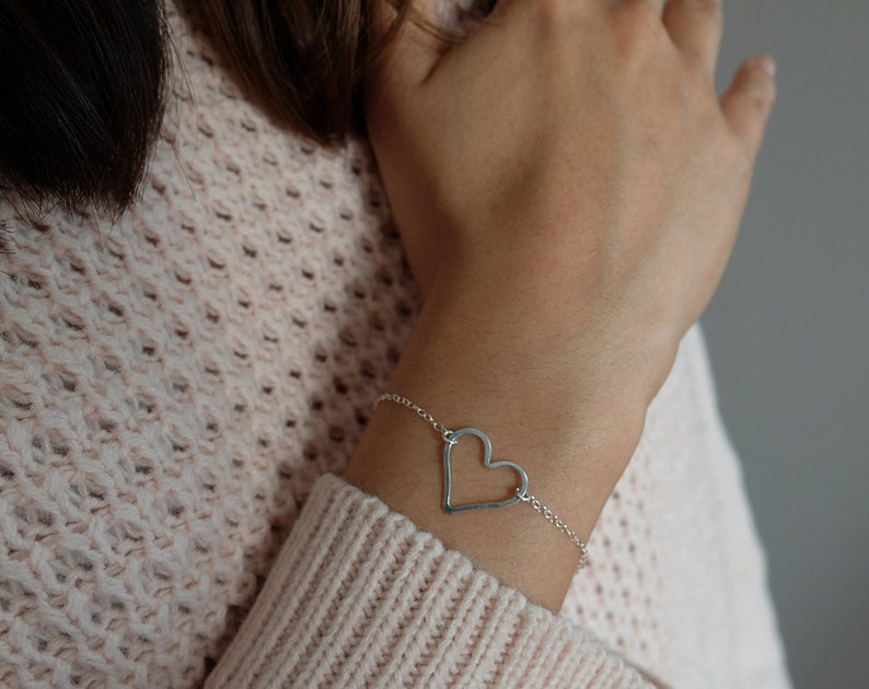 Diana hammered  simple dainty open hammered heart image 0