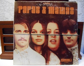 The Papas and the Mamas presented by the Mamas and the Papas Vinyl Record (Che)