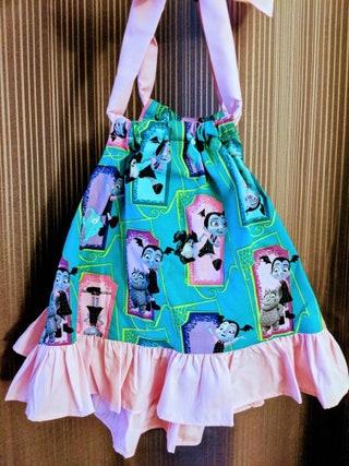Vampirina dress