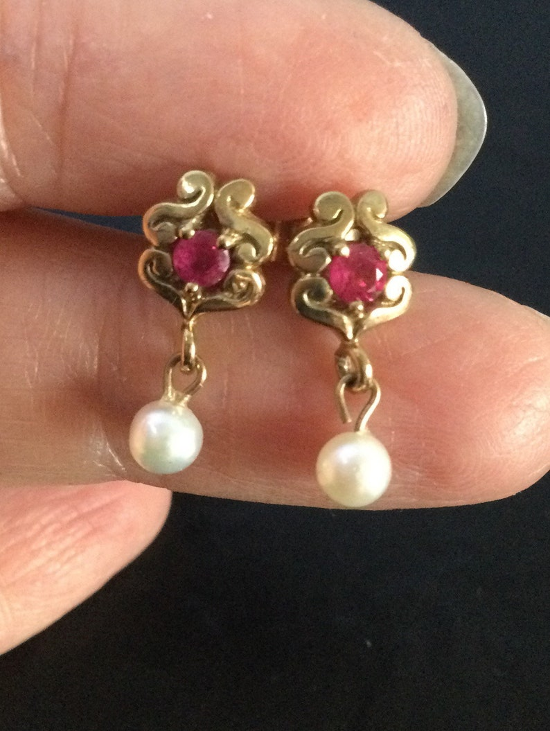 9ct gold ruby and pearl earrings
