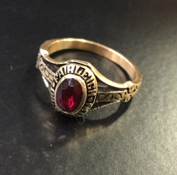 10k gold college ring