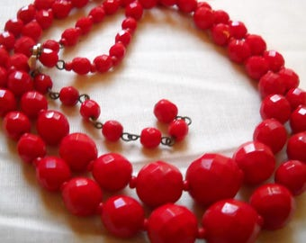 "Necklace Vintage Red Glass Beads Faceted Graduated Cased Glass? Vintage Red Glass Beads 2 Strand 18"" Vintage West Germany Boho Mid Century"