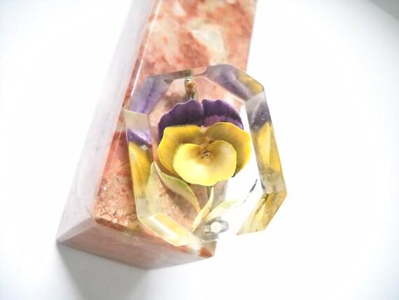 Lucite Brooch Vintage Violet Reverse Carved Violet