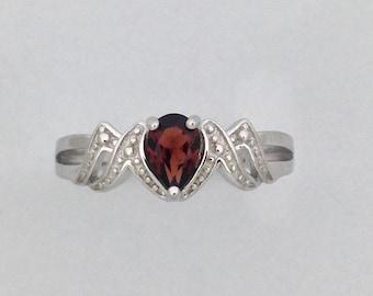 "Natural Garnet ""MOM"" Ring 925 Sterling Silver"