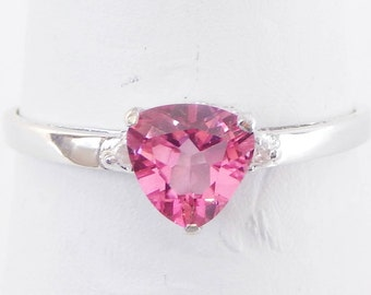 0d9e64c46 925 Sterling Silver Ring With Pink Heart-Shaped Crystal - Size 6 3/4 - 7 -  Very Pretty And Romantic Gift