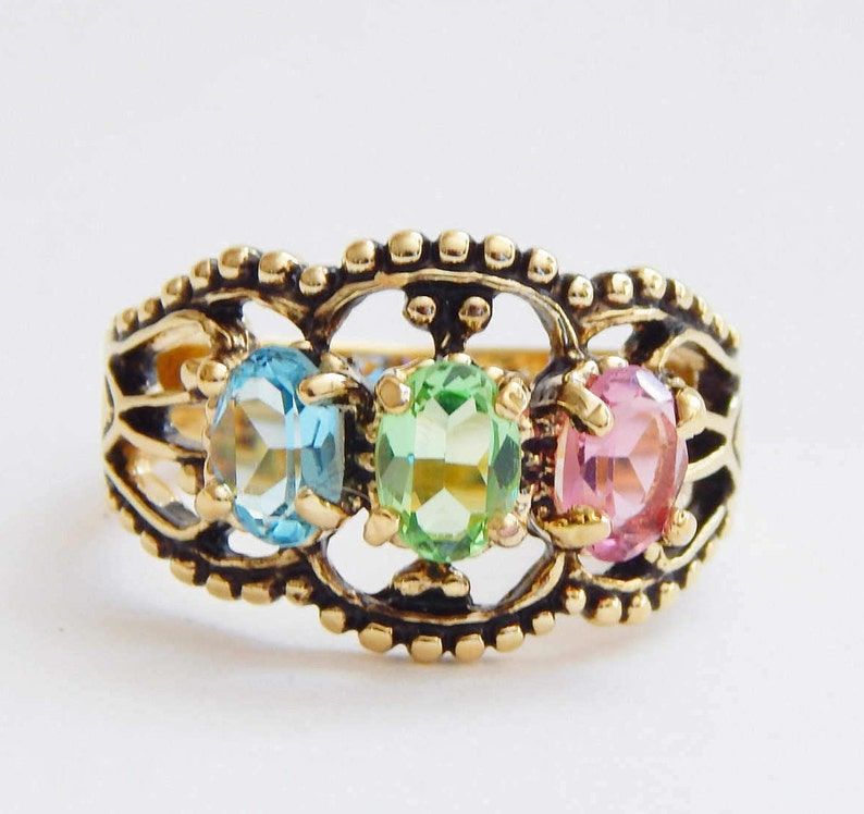 463aac39d92 Seta Ring W  Pastel Blue Green   Pink Crystals Antiqued Gold