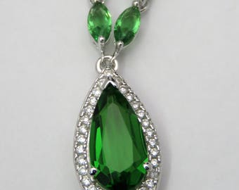 6251 Elegant 5.0ct Forest Green Helenite Halo Sterling Silver Necklace