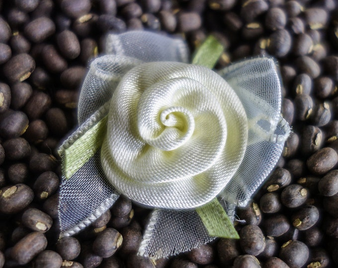 Featured listing image: Small Coiled Ribbon Roses with Bows light yellow
