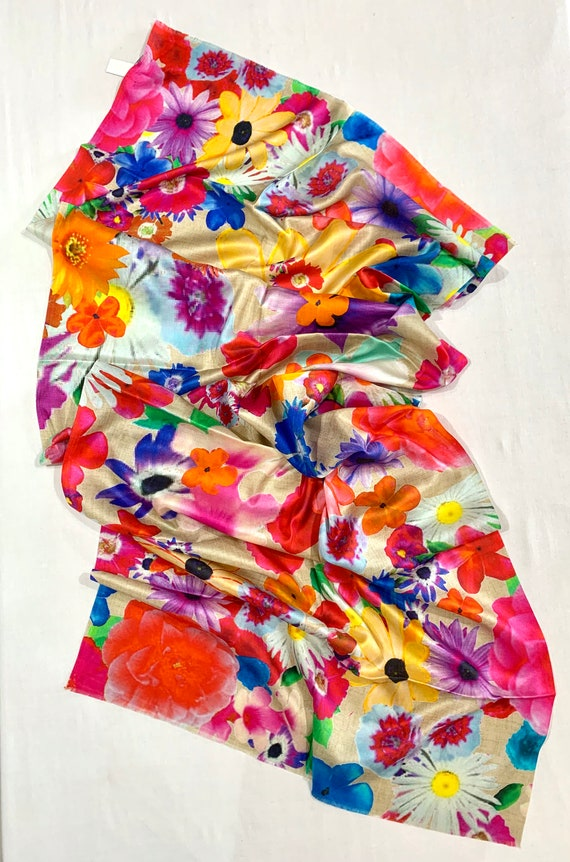 Bright floral silk shawl, formal n casual shawl, all season silk shawl, women fashion shaw, luxurious spring shawl.