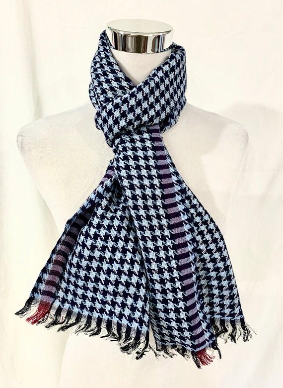 Blue n Black woollen scarf, Glen check hand woven woollen scarf, unisex soft wool scarf, All season feel good  wool scarf