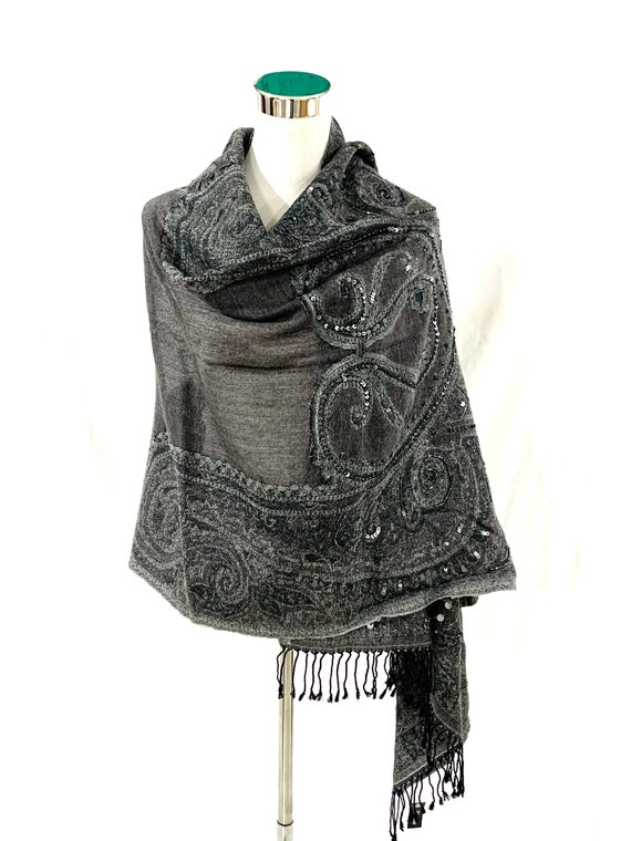 Grey paisley woollen shawl, hand beaded paisley shawl, evening wear women shawl, winter jacquard shawl.