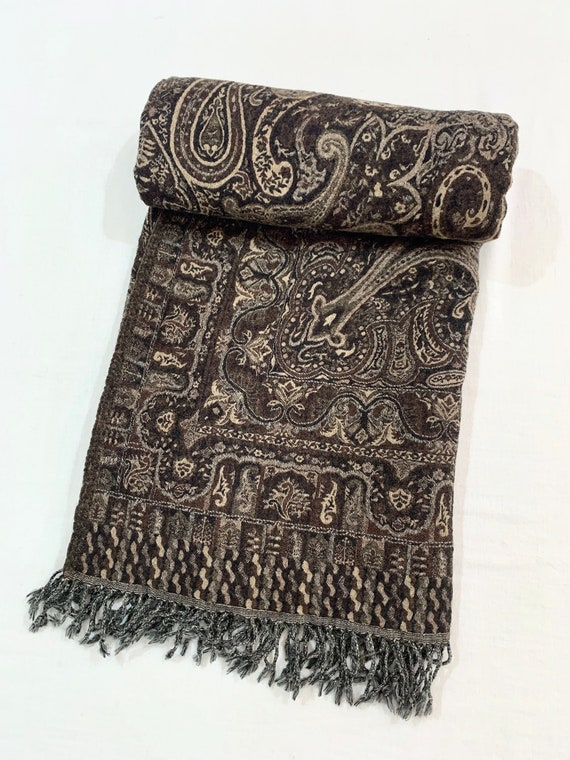 Black n beige woollen throw, Black n beige paisley blanket, reversible boiled woollen throw/ blanket, soft n warm throw.
