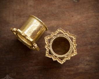Brass Ear Tunnel, Tribal Ear Tunnels, Lotus Tunnel, Ear Gauges, Brass Tunnels, Ear Tunnels, Brass Plugs, Gauge Jewelry, Piercing Jewelry