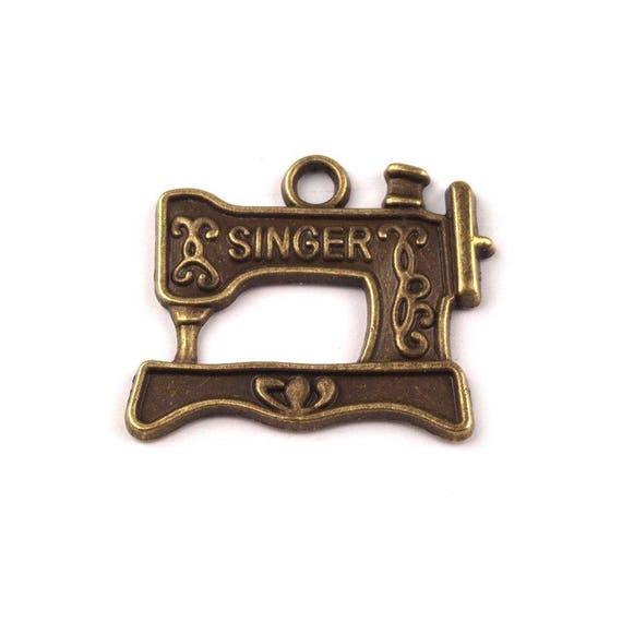 Charms Sewing Machine Lot de 4 breloques bronze Machine à coudre Singer