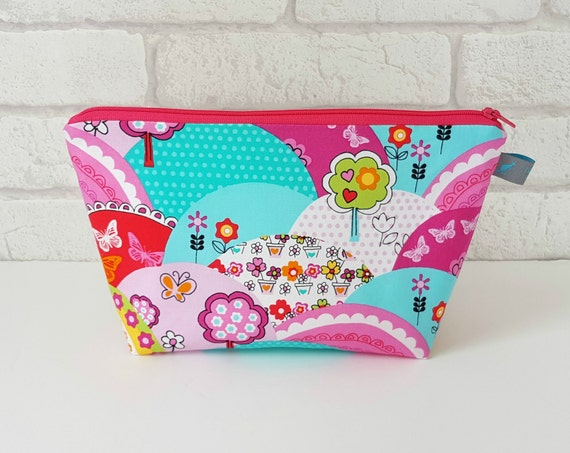 Girl's Wash Bag in Pink & Turquoise vibrant design