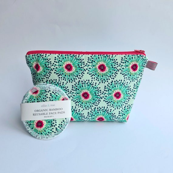 GIFT SET:  Green Floral Cosmetic bag + Pack of 4 reusable face wipes
