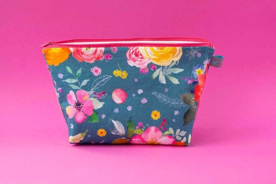 Pretty Floral Makeup Bag, waterproof lined, AVAILABLE IN 2 SIZES