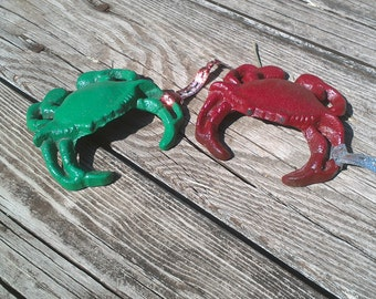 oh i want crabs for christmas so can everyone this cute set of crabs comes in red and green with a ribbon attached to hang on the tree