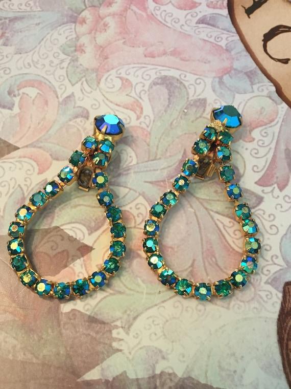 1960s Light blue cabochon glass and iridescent aqua aurora borealis rhinestone large dramatic sparkly extra statement clip on earrings