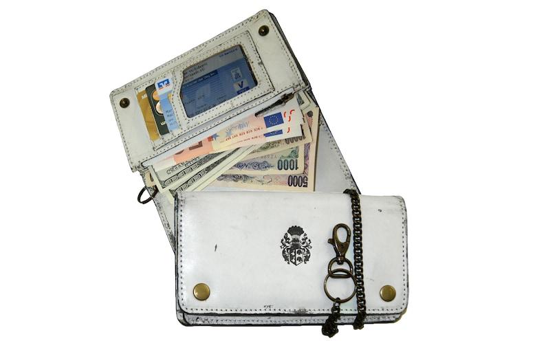 d3726456ac075 Weiße Bikerbörse Geldbörse Kettenbörse SACHAROW aus