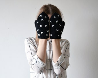 CRISS-CROSS/ handmade black color wool mittens with white criss-cross embroidery black and white geometric gloves