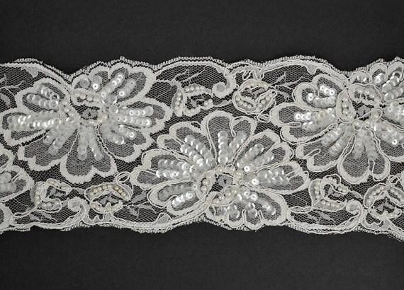 Perles Sequin de broderie ruban de Sequin dentelle pour mariée, vêtements, décoration, 4-3/4 pouce par 1 Yard, blanc, ROI-44584 1c677f