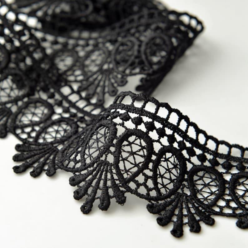 3+1//4 x 2+7//8 inch black color price for 1pc Venise Applique