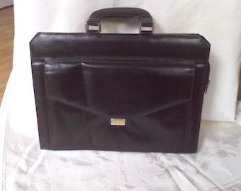d43a7ea48d16 Vintage Laptop Bags